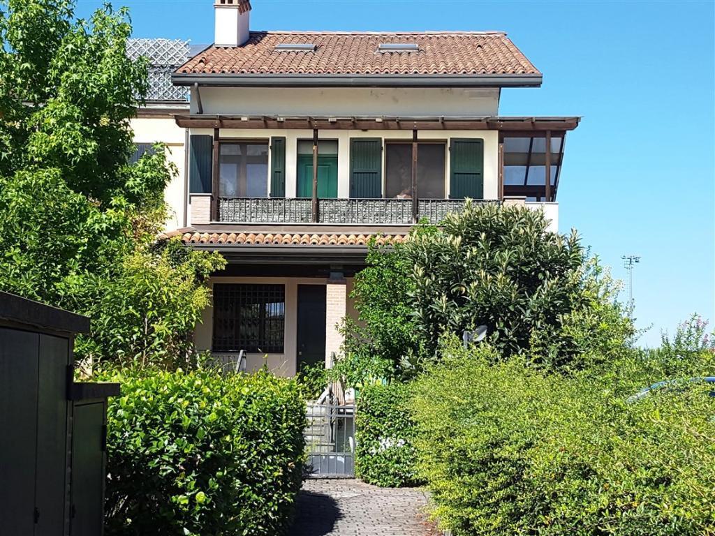 Soluzione Semindipendente in Vendita a Castel Bolognese