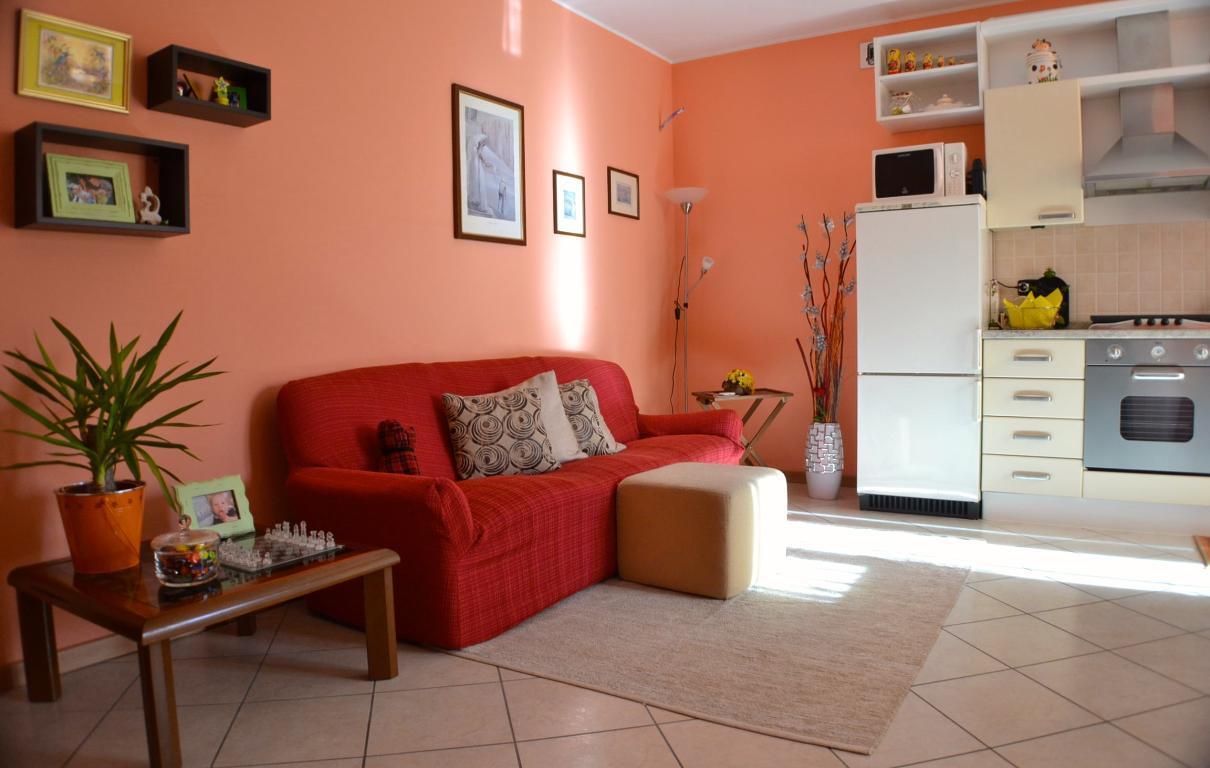 Appartamento in vendita a Villa d'Adda, 2 locali, prezzo € 90.000 | Cambio Casa.it