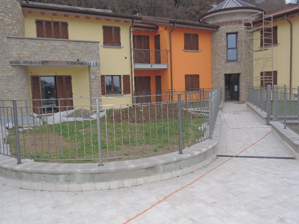 Appartamento in vendita a Cisano Bergamasco, 3 locali, prezzo € 225.000 | Cambio Casa.it