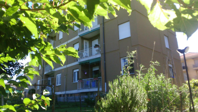 Appartamento in vendita a Casatenovo, 3 locali, zona Località: Semicentrale, prezzo € 66.000 | CambioCasa.it