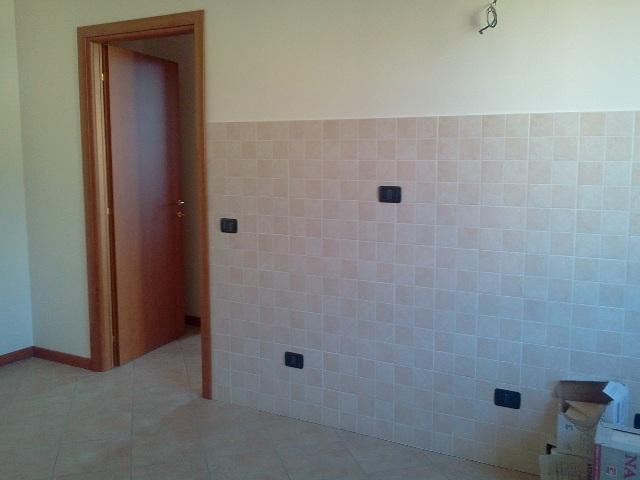 Bilocale Truccazzano Via Manzoni 16 8
