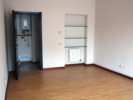 Ufficio / Studio in affitto a Seregno, 1 locali, zona Località: Centro, prezzo € 600   Cambio Casa.it