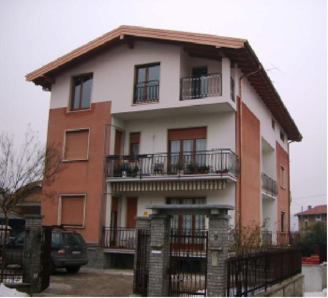 Affitto  bilocale Cocquio Trevisago  1 717951