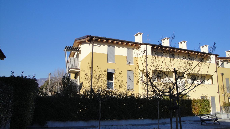 Bilocale Cassola Via Silvio Pellico 9