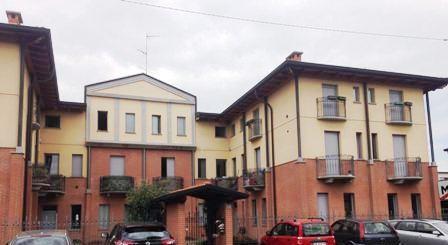 Appartamento in affitto a Meda, 2 locali, zona Località: conf. Cabiate, prezzo € 550   Cambio Casa.it
