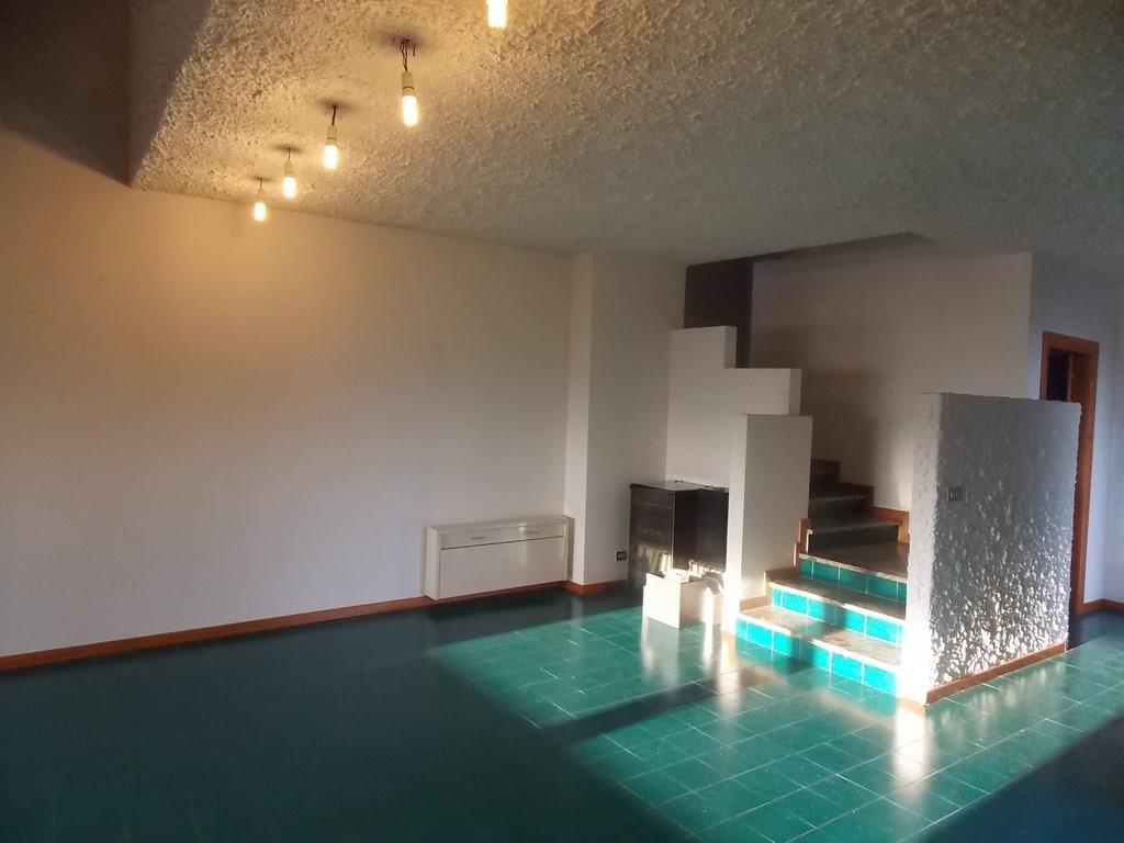 Vendesi prestigiosa villa a Monteprandone (AP)