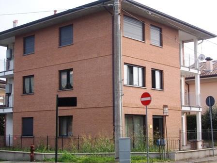 Ufficio / Studio in affitto a Meda, 2 locali, zona Località: Expert/S. Giorgio, prezzo € 430 | Cambio Casa.it