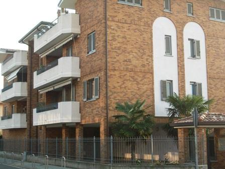 Bilocale Cesano Maderno Via Valsassina 1 1