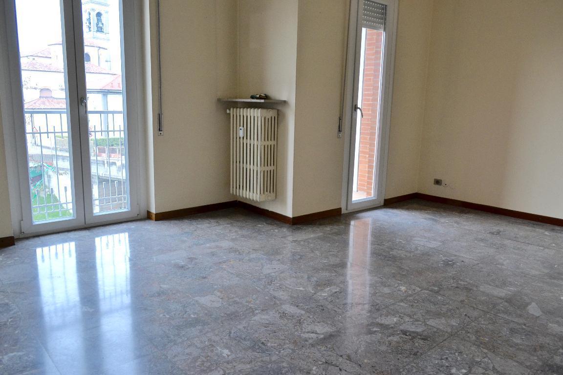 Appartamento in affitto a Cisano Bergamasco, 4 locali, prezzo € 450 | Cambio Casa.it