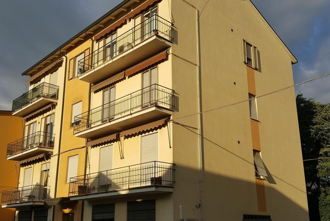 Appartamento in vendita a Faenza, 3 locali, zona Località: AD.ZE VIA VITTORIO VENETO, prezzo € 125.000 | CambioCasa.it