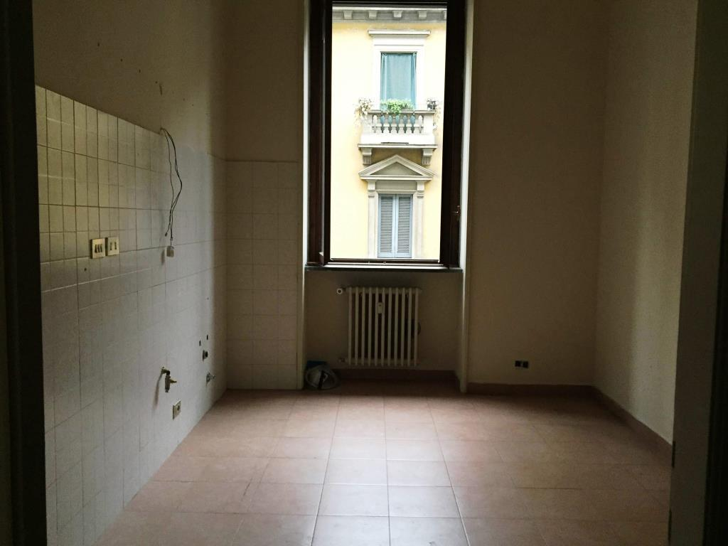 Bilocale Milano Lazzaro Palazzi 21 5