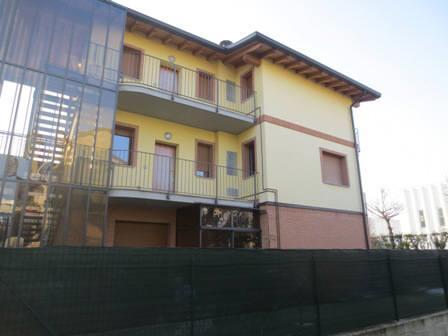 Bilocale Vedano al Lambro Via Alfieri 20 1