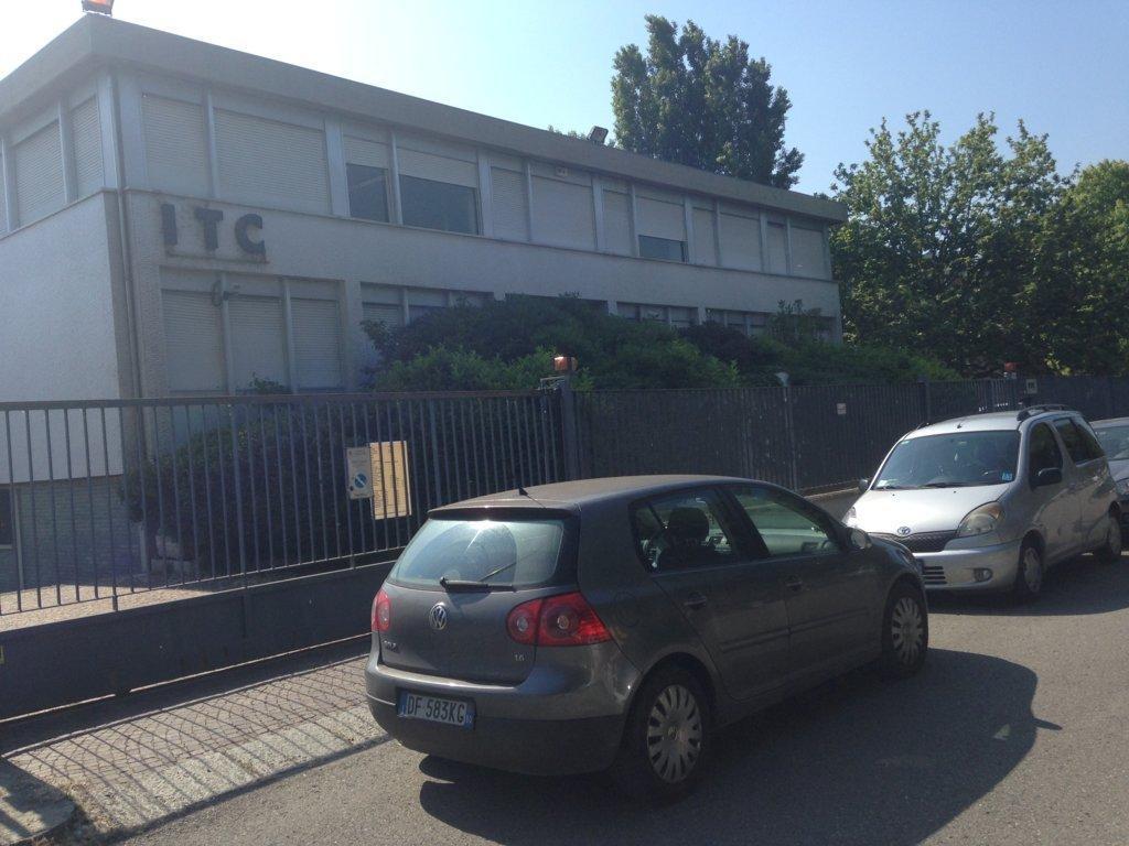 Capannone in affitto a Bologna, 9999 locali, prezzo € 16.600 | Cambio Casa.it