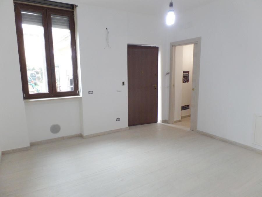 Bilocale Lazzate Via San Lorenzo 1