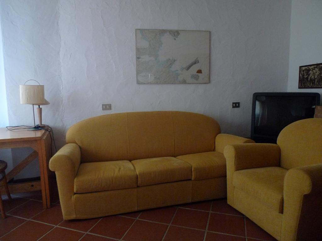 Appartamento in vendita a San Teodoro, 2 locali, prezzo € 109.000   Cambio Casa.it