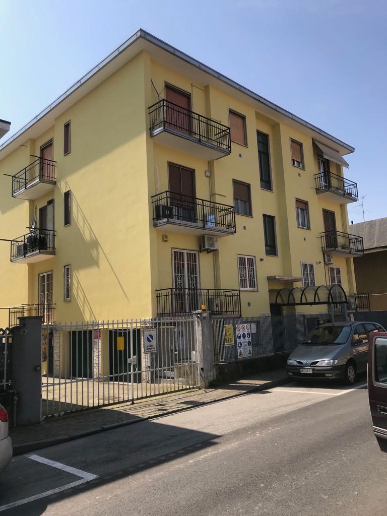 Bilocale Zibido San Giacomo Via Giuseppe Di Vittorio 12 1