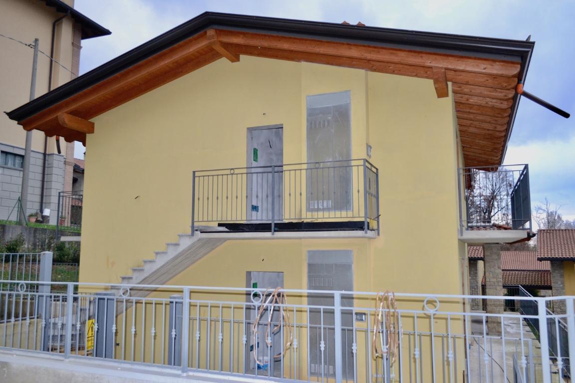 Appartamento in vendita a Palazzago, 3 locali, zona Località: Secchia, prezzo € 179.000 | CambioCasa.it
