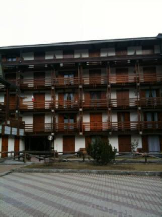 Bilocale Cesana Torinese Via Iv Novembre    Cond. Des Alpes 3