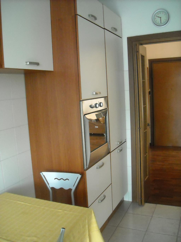 Bilocale Vimercate Via Pellizzari 5