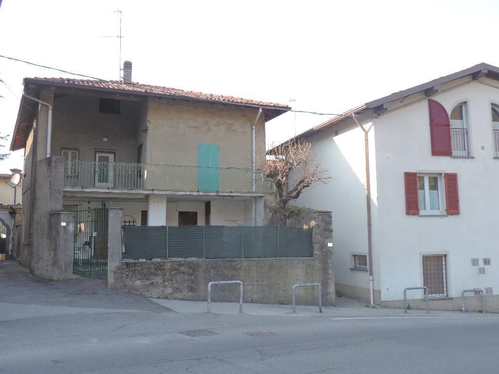 Soluzione Semindipendente in Vendita a Monte Marenzo