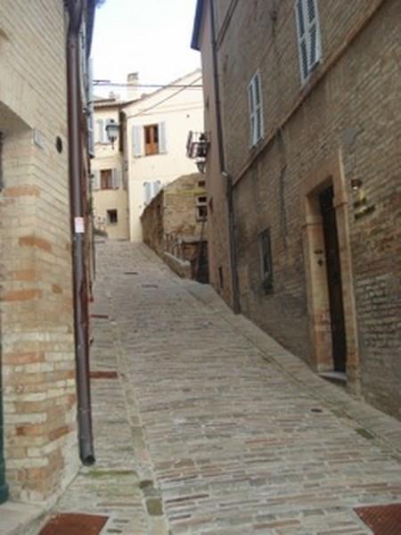 Bilocale Fermo Via Spezia 4