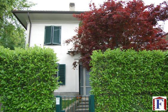 Villa in vendita a Monte Marenzo, 5 locali, zona Località: Semicentro, prezzo € 370.000 | Cambiocasa.it