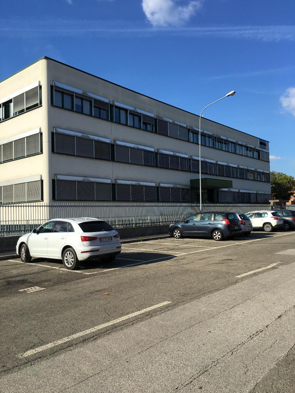 Ufficio studio casalecchio di reno affitto via for Affitto 4 4