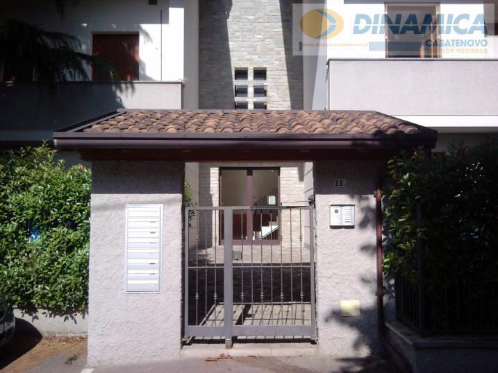 Bilocale Lomagna Via Villaggio Dei Pini 6