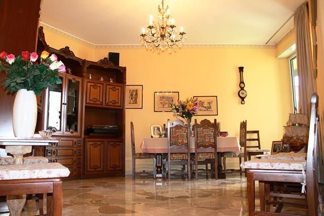 Appartamento in vendita a Sesto San Giovanni, 3 locali, zona Località: Centro, prezzo € 195.000   Cambiocasa.it