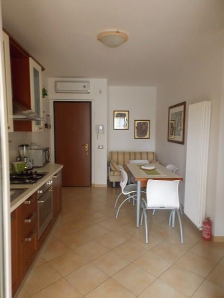 Appartamento in vendita ad Alba Adriatica con garage