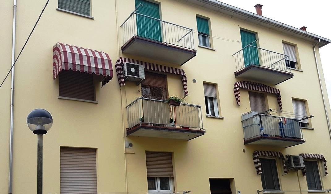 Appartamento in vendita a Faenza, 3 locali, zona Località: CENTRO STORICO, prezzo € 65.000 | CambioCasa.it