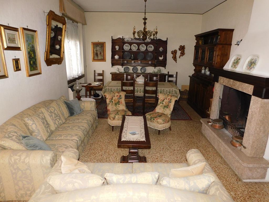 Villa LODI vendita   via Vanazzi STUDIO LINGIARDI SERVZI IMMOBILIARI SRL