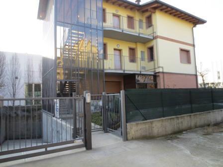 Bilocale Vedano al Lambro Via Alfieri 20 2