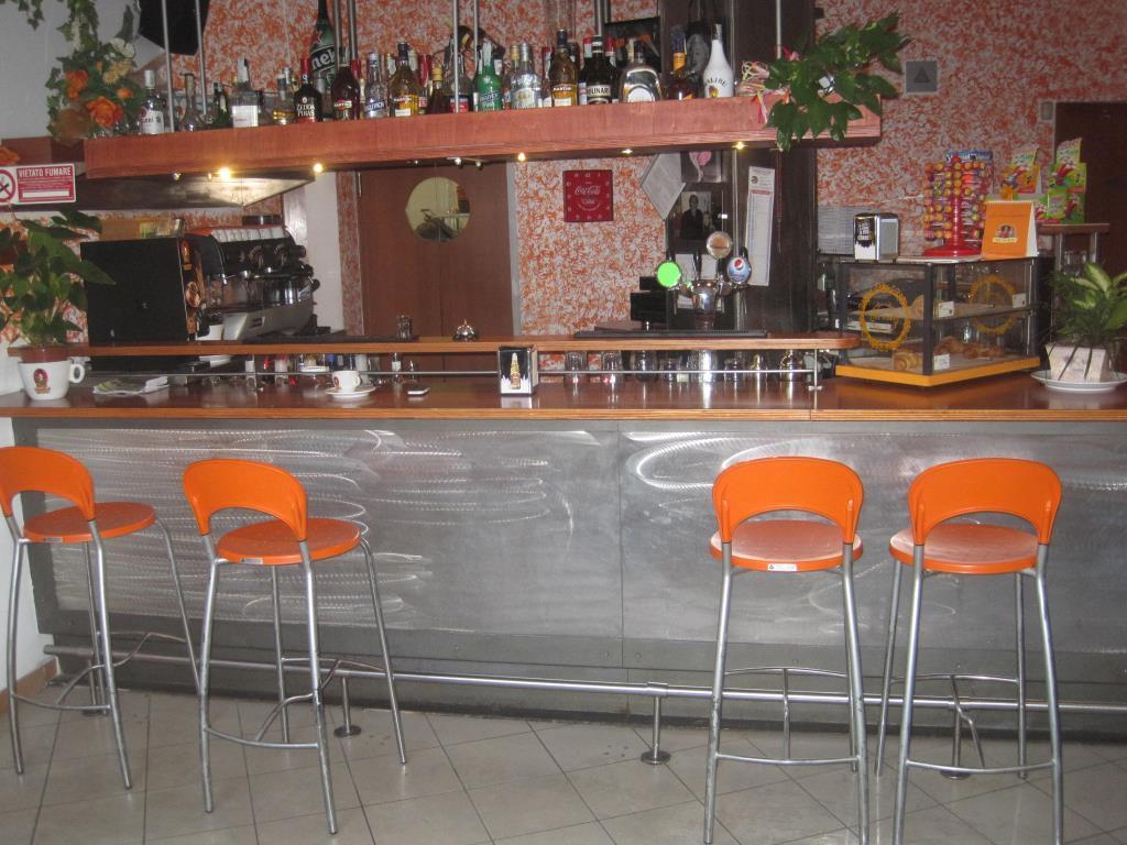 Ristorante / Pizzeria / Trattoria in vendita a Casatenovo, 3 locali, zona Località: centro, prezzo € 69.000 | Cambio Casa.it