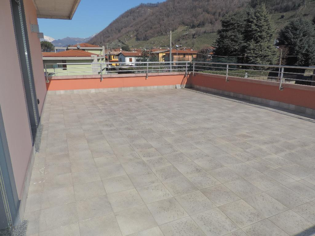 Appartamento in vendita a Villa d'Adda, 3 locali, prezzo € 162.000 | CambioCasa.it
