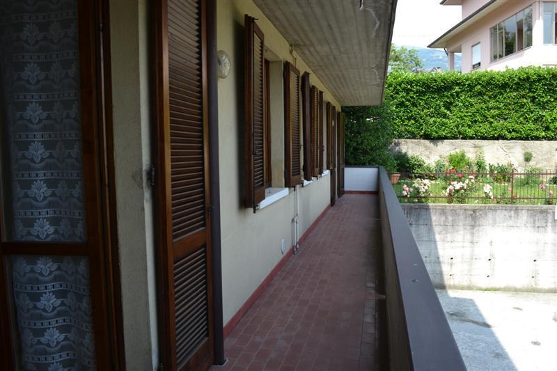 Appartamento in vendita a Caprino Bergamasco, 3 locali, zona Località: Sant' Antonio, prezzo € 92.000 | CambioCasa.it