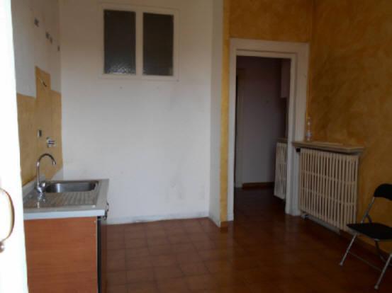 Bilocale Torino Via Vigone 6