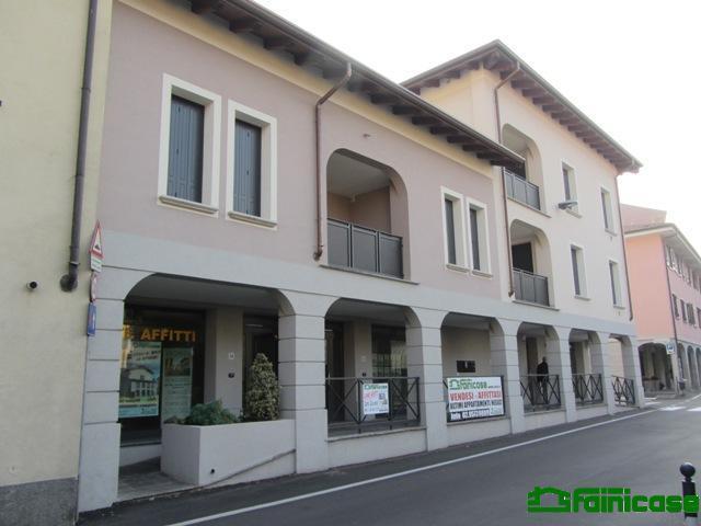 Bilocale Vignate Via Vittorio Veneto 3