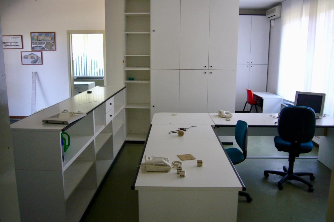 Affitto ufficio Almenno San Bartolomeo superficie 200m2
