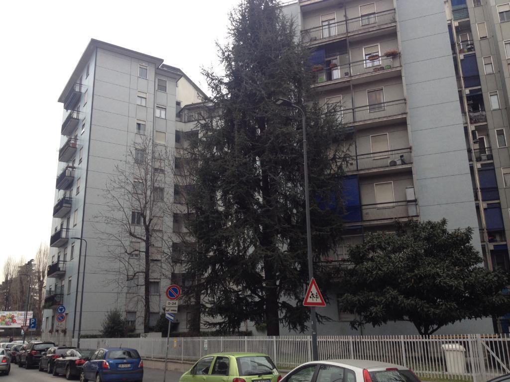 Bilocale Milano Via Cavezzali 16 3