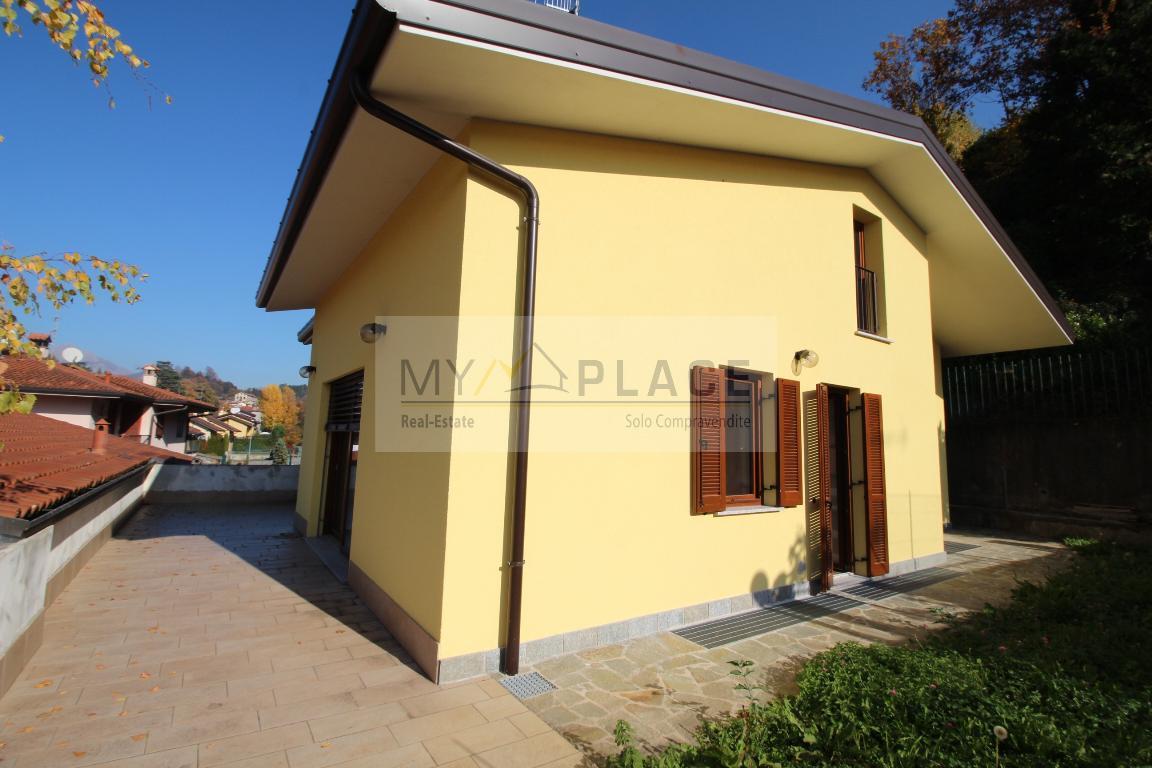 Villa in vendita a Ello, 3 locali, prezzo € 460.000 | Cambio Casa.it