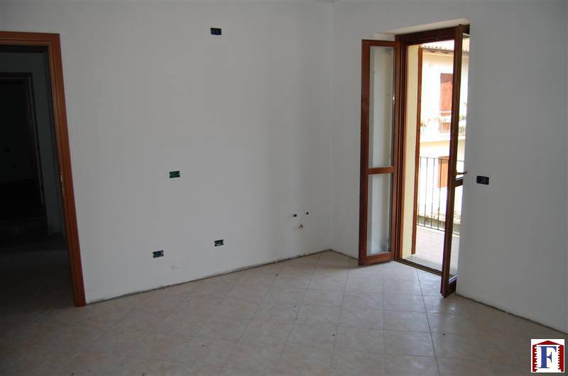 Appartamento in vendita a Pontida, 2 locali, zona Località: Centro, prezzo € 90.000 | Cambio Casa.it