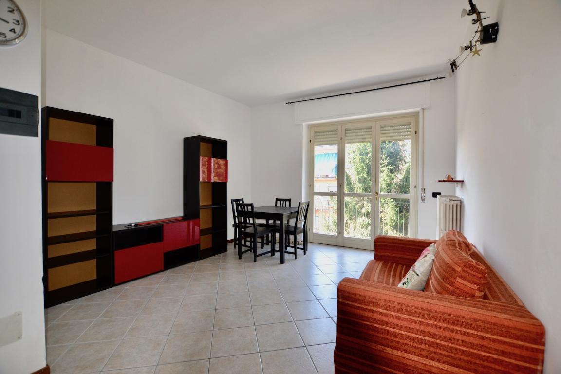 Appartamento in affitto a Olgiate Molgora, 3 locali, zona Località: centro, prezzo € 500 | CambioCasa.it