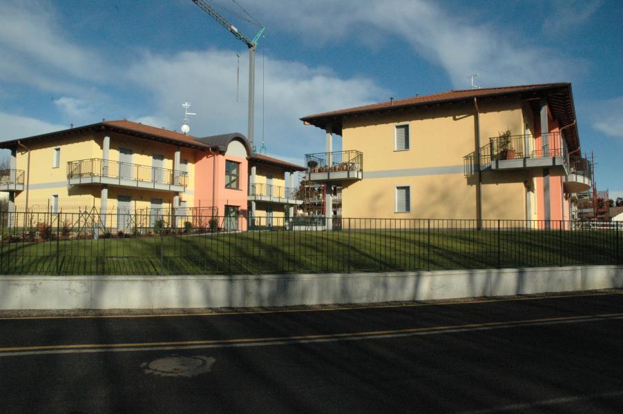 Bilocale vendita daverio for 2 box auto gratuiti con piani di appartamenti