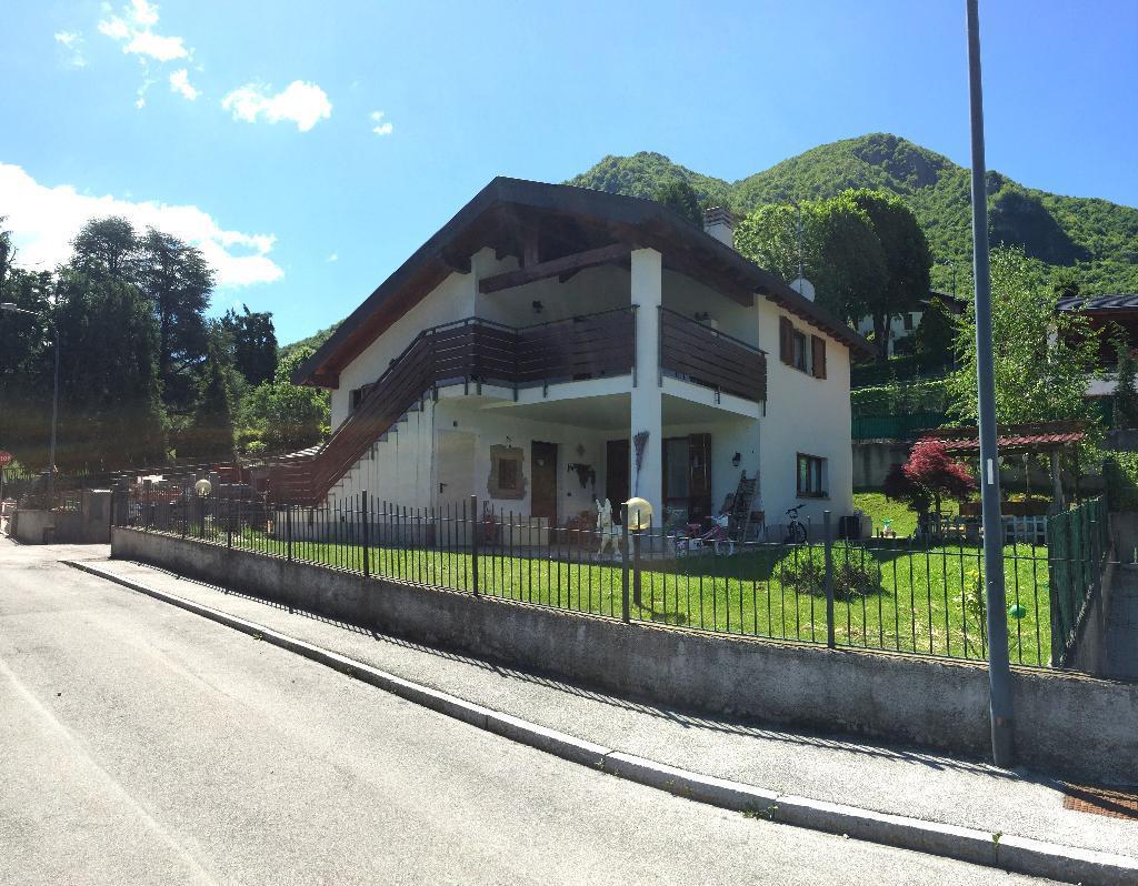 Appartamento in vendita a Cremeno, 3 locali, prezzo € 180.000 | CambioCasa.it