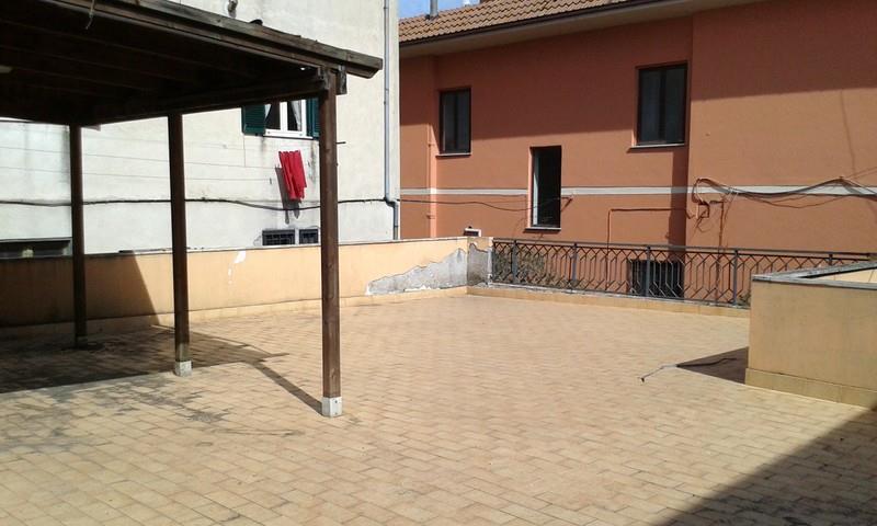 Bilocale Mazzano Romano Via Romana 1