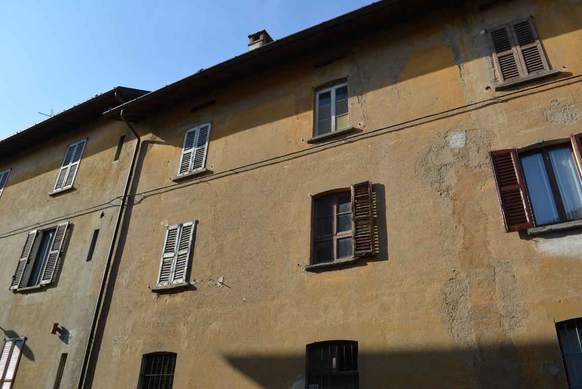 Bilocale Lomagna Via D'adda Busca 35 10