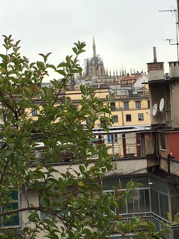 Bilocale Milano Via Savare' 1