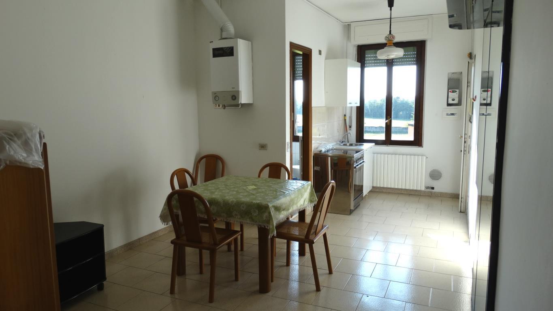 Bilocale Monza Via Borgazzi 144 3