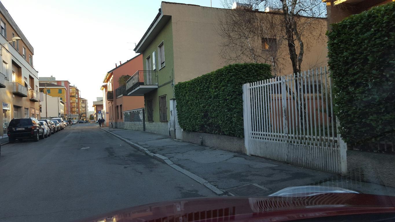 Bilocale Varedo Via Camillo Benso Conte Di Cavour 1